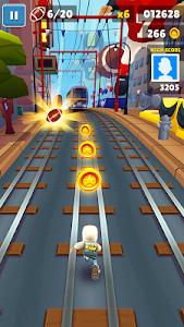 screenshot of Subway Surfers version 1.98.0
